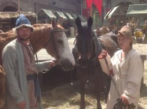 кони2