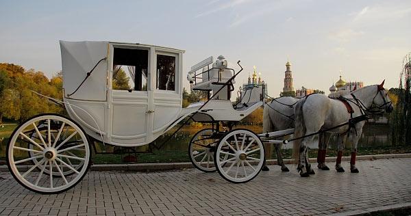 Прокат карет на свадьбу 8(965)380-13-11
